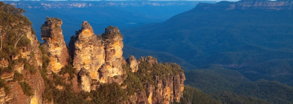 Experiencing the Three Sisters from Echo Point