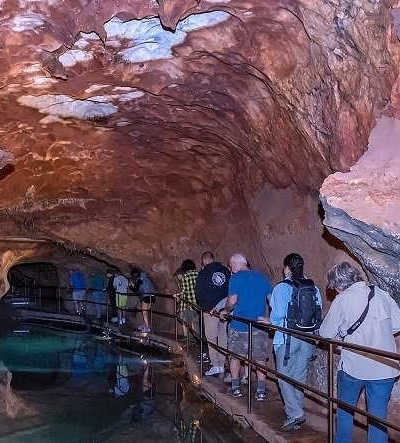 1 Day Jenolan Caves and Blue Mountains Tour $139